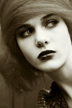 retro, silent film star...