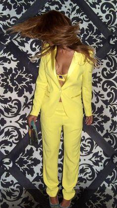 595ab358572 Beyoncé Looks ( KnowlesLooks). RihannaBlue IvyBeyonce ...