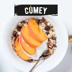¡Los domingos, los desayunos son con #CUMEY! Mix de cereales, yogurt y frutas. Yogurt, Grains, Oatmeal, Breakfast