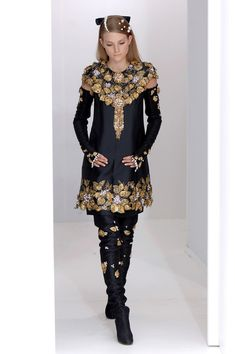 Chanel - Haute Couture Fall 2006