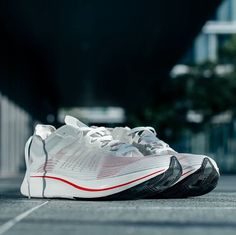 6fdde620824 NikeLab Releases Zoom Fly SP in Breaking 2 Design Themed Colorway