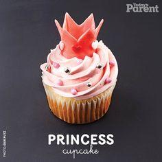 Add this to your list of #cutecupcake ideas: an adorable princess cupcake! Princess Party Cupcakes, Birthday Cupcakes, 30th Birthday, Ladybug Cupcakes, Kitty Cupcakes, Snowman Cupcakes, Birthday Ideas, Birthday Parties, Cupcake Videos