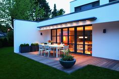 Retractable awnings for homes and garden from Appeal Home Shading