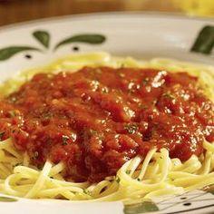 Rajčatová omáčka na špagety Spaghetti, Toast, Ethnic Recipes, Food, Eten, Meals, Noodle, Diet