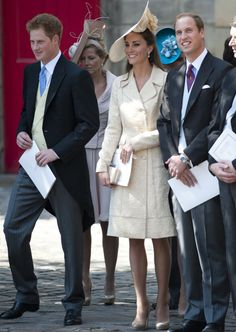 Invitar a Kate Middleton a una boda implica que la novia quede eclipsada. En la boda de Zara Phillips y Mike Tindall la Duquesa de Cambridge desafió al protocolo y, lejos de cometer un error garrafal, deslumbró a todos los asistentes a la ceremonia.