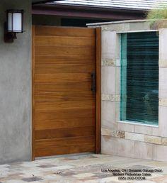 front door gate - garage/patio on side
