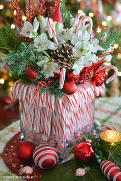 Christmas table centerpieces diy - Merry and Bright Candy Cane Christmas Tablescape – Christmas table centerpieces diy Christmas Party Centerpieces, Christmas Flower Arrangements, Christmas Flowers, Christmas Tablescapes, Christmas Tea, Xmas Decorations, Christmas Wreaths, Merry Christmas, Christmas Crafts