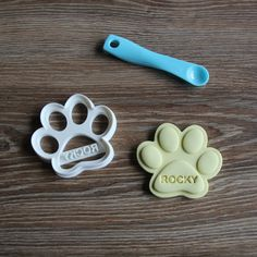 Custom Dog Paw Cookie Cutter Personalized Dog Treat Cutter Paw print by CookieCuttersFactory on Etsy