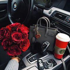 Imagem de rose, car, and luxury