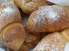 Nejlepší recepty na domácí rohlíky | NejRecept.cz Czech Recipes, Russian Recipes, Foodies, Food And Drink, Cooking Recipes, Bread, Sweet, Tarts, Polish