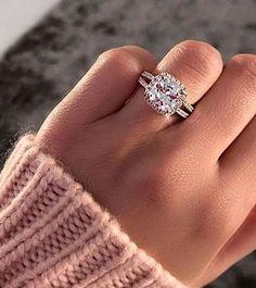 Stunning cushion cut diamond engagement ring