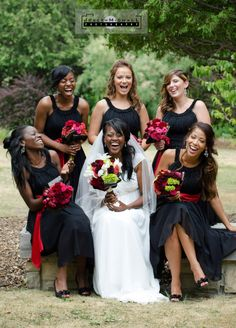 Bride And Bridesmaids Group Shot On Pinterest Toronto Wedding Wedding Photography And Banquet
