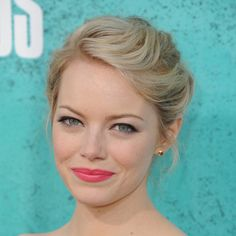 Emma stone #makeup #style at the 2012 mtv movie awards