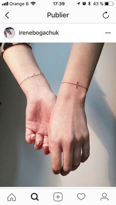 37 Incredible Wrist Tattoos You Need to See tattoos, wrist tattoos, little tattoos, cute tattoos Little Tattoos, Mini Tattoos, Cute Tattoos, Beautiful Tattoos, Small Tattoos, Finger Tattoos, Body Art Tattoos, New Tattoos, Wrist Bracelet Tattoo