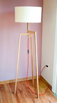 lámpara de pie madera importada trípode - diorama