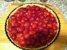Strawberry Rose Tart Strawberry Roses, Tart, Pie, Dishes, Desserts, Recipes, Food, Torte, Tailgate Desserts