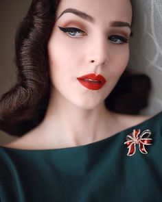 Make-up ideas Make-up ideas 1950s Hair And Makeup, 1950s Makeup, Retro Makeup, Vintage Makeup, Glam Makeup, Bridal Makeup, Wedding Makeup, Beauty Makeup, Hair Makeup