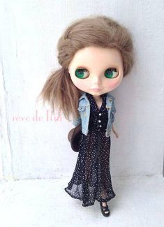 SET includes:  Dotty chiffon shawl collar Dress  + Beige crochet fringe bustier Top    (Dolls and other accessories are not included.)