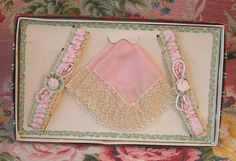 20s Garter Set - Ribbon Roses - Pink Silk Garters & Lacy Handkerchief Hanky Set - Flapper Boxed Christmas Gift - Excellent Condition