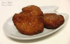 Galletas fritas con miel