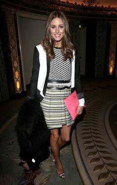 Olivia-mixed-prints-like-pro-geometric-print-sweater-pleated-Milly-skirt-colorblocked-Tibi-blazer-red-trim-pumps-Temperley-London-show-London.jpg 646×1,024 pixels