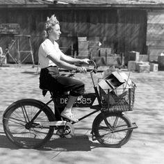 vintage cargo bike style