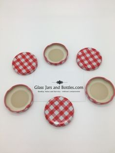 Full bulk box of 3000 x 43mm twist lids in red gingham.  These lids are food grade and vinegar proof and exclusive to Glass Jars and Bottles.Com.  Weight per box approx. 15Kg