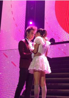 Violetta And Leon, Violetta Live, Best Friends Forever, Series Movies, Disney Channel, Thats Not My, Tv Shows, Concert, Ships