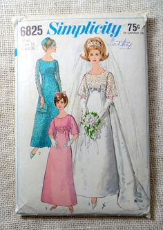 Vintage sewing pattern Simplicity 6825 by momandpopcultureshop