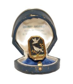 Georgian micromosaic gold ring with doves