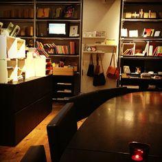 """文房具カフェ Bunbougu Cafe: this is a """"stationery cafe""""! Four Square, Corner Desk, The Good Place, Places To Go, Stationery, Shorts, Spring, Furniture, Home Decor"""