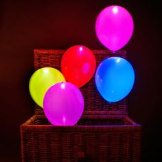 These LED balloons can be used to enhance displays at home for parties, weddings and other events. Simply pull the tab and inflate. Each one comes with batteries already fitted, but batteries are NOT replaceable.The ultimate balloons for. Light Up Balloons, Led Balloons, Balloon Lights, The Balloon, Balloons Galore, Led Fairy Lights, Decoration Originale, Wedding Balloons, Neon Party