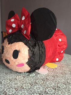 Tsum tsum piñata Minnie Mouse inspiration . by AnaIsabelCreations