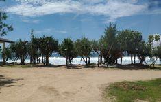 Daerah Tepus memiliki sejumlah keindahan pantai yang menakjubkan, misalnya Pantai Slili Gunung Kidul. Kawasan pantai ini memiliki daya tarik yang sangat Beach, Water, Outdoor, Gripe Water, Outdoors, The Beach, Beaches, Outdoor Living, Garden