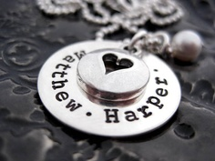 love these necklaces <3