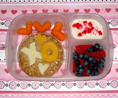 BentoLunch.net - What's for lunch at our house: A Valentine's Bento, one day early