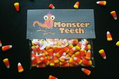 eat.sleep.MAKE.: CRAFT: Monster Teeth Treat Bags (Silhouette Project)