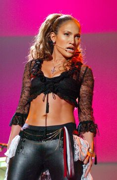 20 Pictures of Jennifer Lopez's Rock-Hard Abs, Because Why Not?
