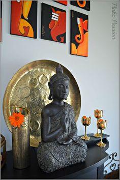 Indian Inspired Décor, Buddha décor, Indian home décor, Brass décor, Indian… Indian Inspired Decor, Indian Theme, Home Decor Items, Diy Home Decor, Buddha Flower, Deco Zen, Mudras, Indian Interiors, Meditation Rooms