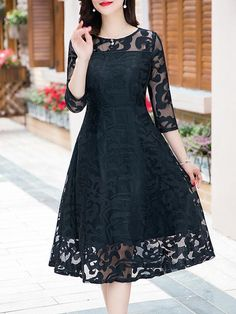 Round Neck  Lace Maxi Dress
