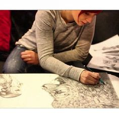 Jen Ledger drawing the concept art of Rise. She is one of my few rolemodels I…