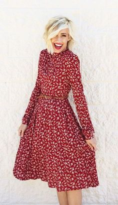 Lovely red print belted a dress
