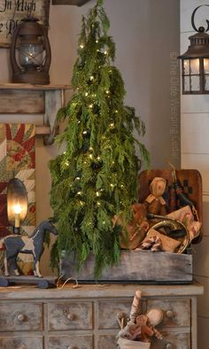 My perfect tree Pagan Christmas, Christmas Blessings, Christmas Room, Christmas Traditions, All Things Christmas, Christmas Crafts, Christmas Decorations, Primitive Christmas Decorating, Primitive Christmas Tree