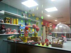 Mesa dulce,  candy bar.  Flores y jardín www.evdae.com