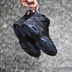 Air Jordan 6 Retro « Singles Day » Credit : gc911 — #nike #jordan #sneakerhead #sneakersaddict #sneakers #kicks #footwear #shoes #fashion #style Latest Sneakers, Women's Sneakers, Hype Shoes, Nike Huarache, Air Jordans, Retro, Style, Fashion, Moda
