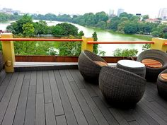 Solid composite decking material easy install, clean and maintenance,composite decking can give the look of premium wood without warping or splintering. Composite Flooring, Composite Decking, Thermal Expansion, Decking Material, Marine Environment, Easy Install, The Expanse, Garden Bridge, Solid Wood