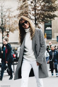 PFW-Paris_Fashion_Week-Spring_Summer_2016-Street_Style-Say_Cheese-caroline_De-Maigret-                                                                                                                                                     Más
