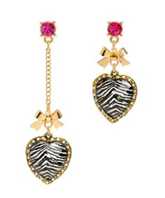 love the mismatched Betsey Johnson earrings