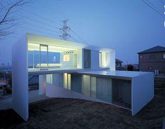 AR-House by Katsufumi Kubota Oita City, Japan