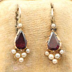 Georgian Era garnet and pearl earrings, late 18th century